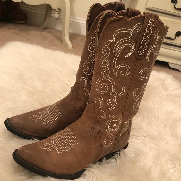 M S Wide Shoes